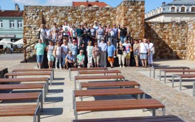 Zwiedzanie zabytków podziemnego Olkusza przezgrupę 40 osób.